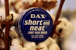 DAX - Short and Nea - Light Hair Dress