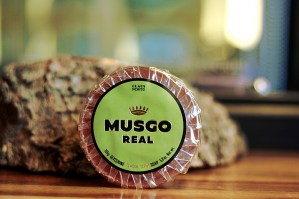 MUSGO  REAL - Glycerine Oil Soap Classic Scent 165 gr